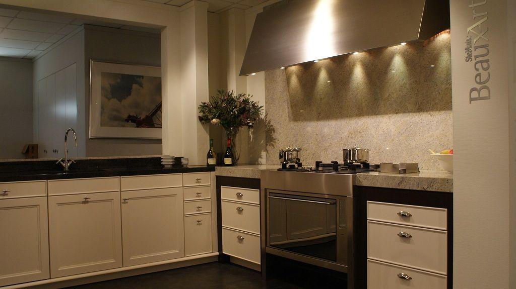 de voordeligste woonwinkel van nederland siematic beauxarts 48691. Black Bedroom Furniture Sets. Home Design Ideas