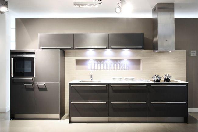 Siematic Keuken Outlet : SieMatic keuken C30 + 1 cm wit-glasblad [35505]