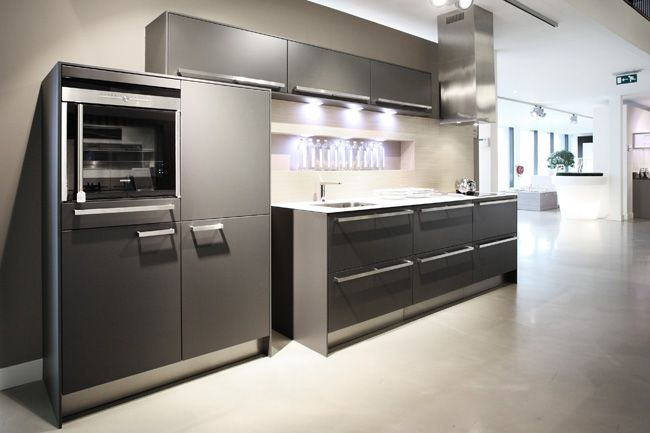 Keuken Plint Rvs : siematic keuken c30 1 cm wit glasblad 35505 siematic keuken model sc