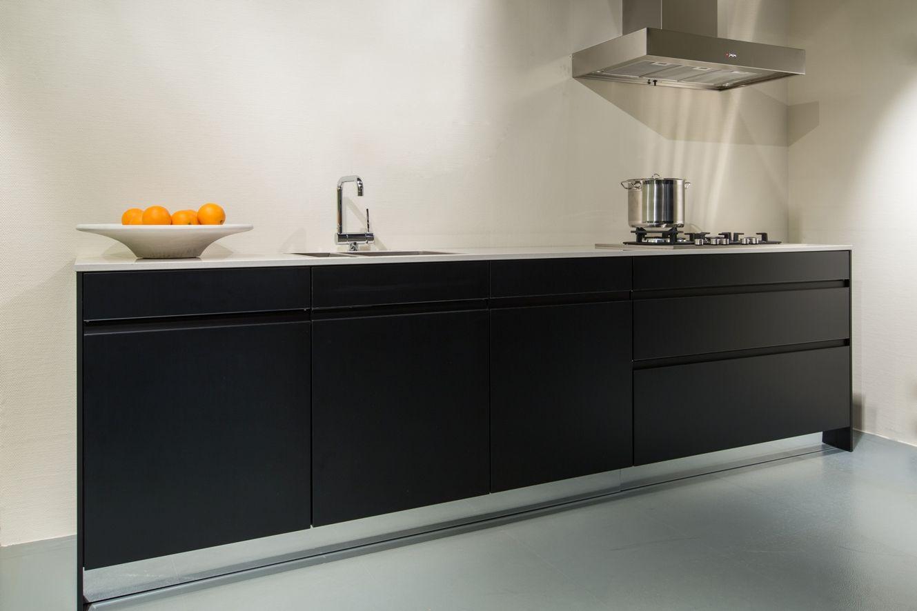 1000 images about hoogglans wit keuken on pinterest met ikea - Zwart Greeploos Keuken Home Design Idee 235 N En Meubilair