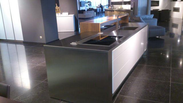 de voordeligste woonwinkel van nederland poggenpohl kleuken 49424. Black Bedroom Furniture Sets. Home Design Ideas