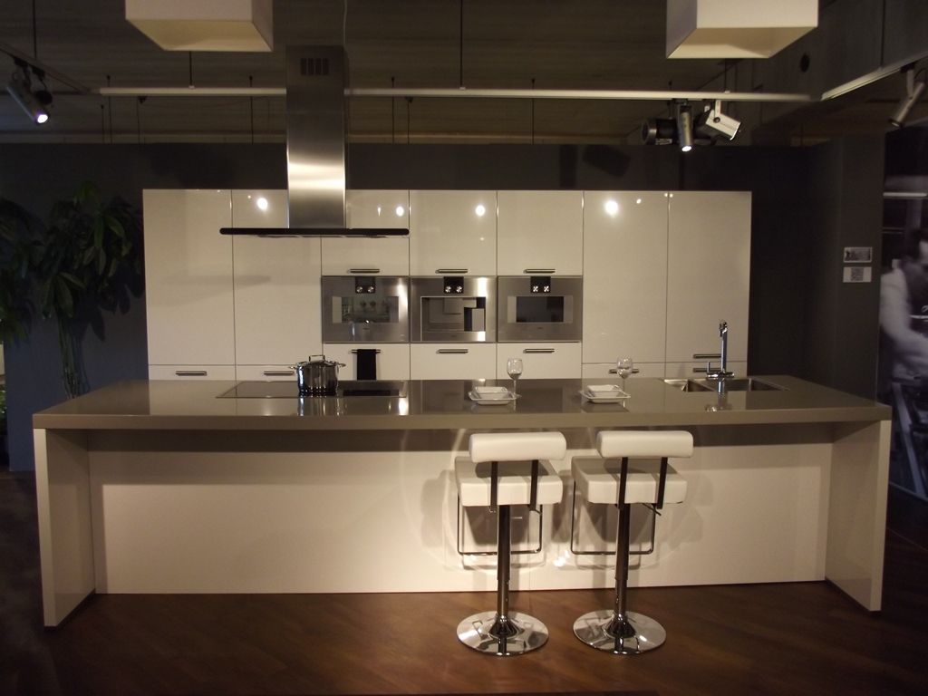 Eiland keuken steigerhout idee - Keuken met granieten werkblad ...