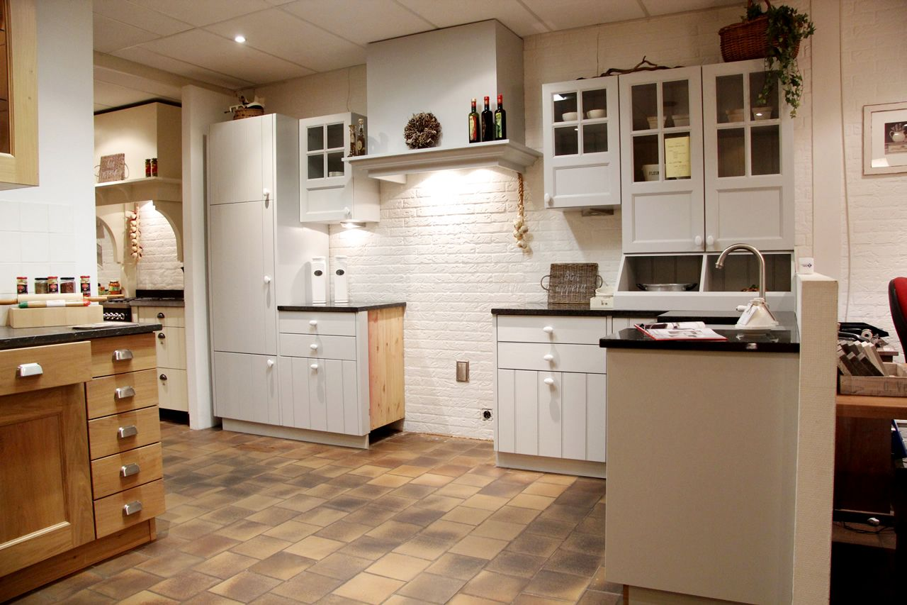 Keuken Landelijk Grijs : woonwinkel van Nederland! Grijze landelijke keuken [50117