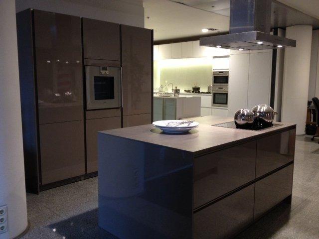 Keuken Met Eiland Afmetingen : van Nederland! Luxe trendy SieMatic design greeploze keuken [48616