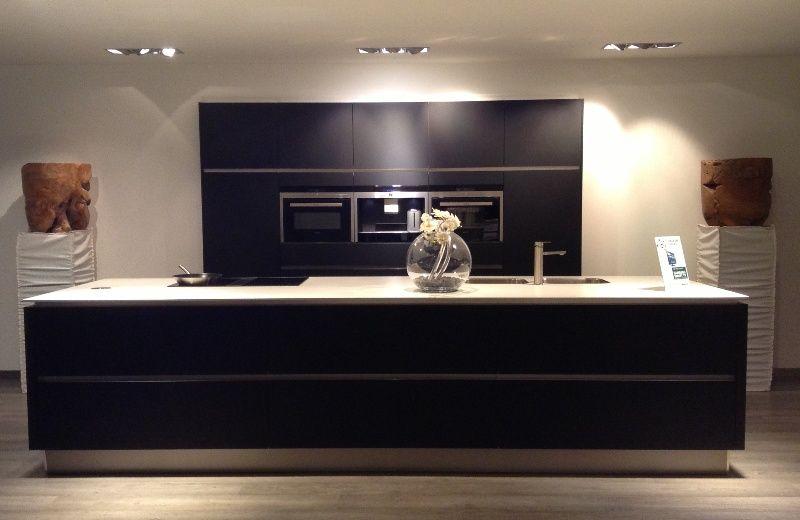 Keuken Zwart Mat : Showroomkorting.nl De voordeligste woonwinkel van Nederland! Luxe