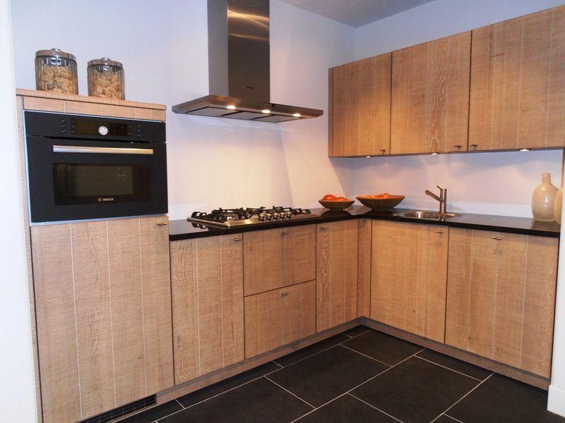 Blauw grijze keuken: finesse een van de landelijke keukens rechte ...