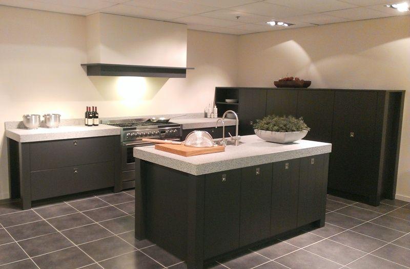 De voordeligste woonwinkel van nederland modern landelijke eilandkeuken - Eiland in de kleine keuken ...