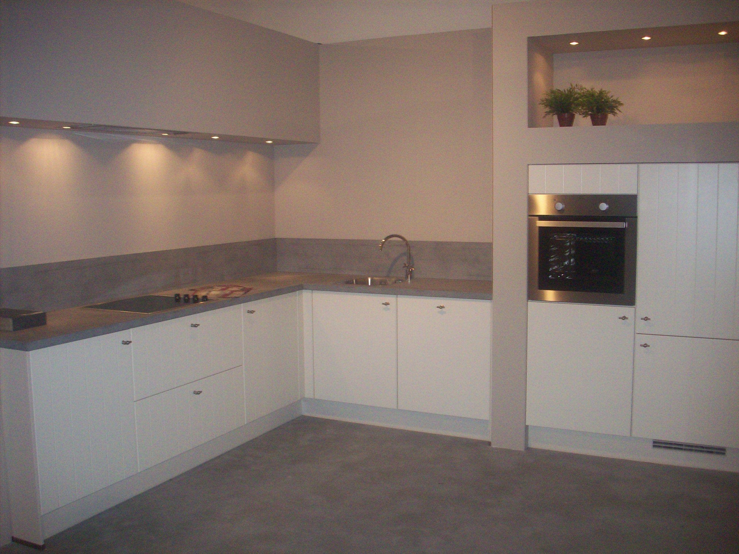 De voordeligste woonwinkel van nederland tijdloze keuken 48515 - Afbeelding van keuken amenagee ...