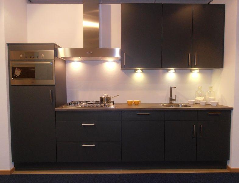De voordeligste woonwinkel van nederland moderne lijnkeuken in de kleur - Moderne keuken kleur ...