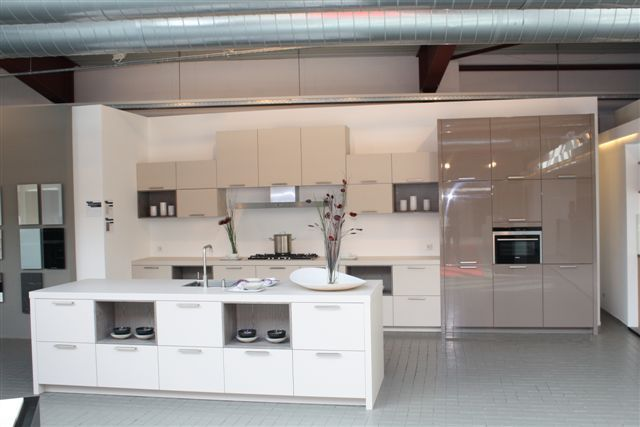 Eiland Keukens Showroom : Grote Keuken Showroom – Atumre com