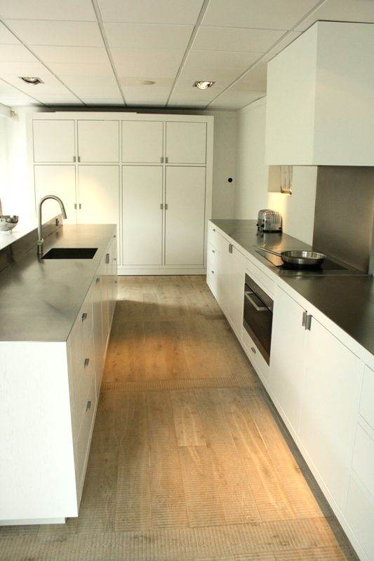 Piet Boon Keuken Showroom : piet boon design keuken 51047 exclusieve witte houten keuken met dun