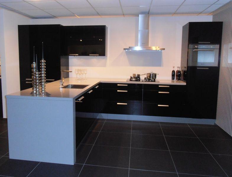 De voordeligste woonwinkel van nederland hoogglans zwarte eilandkeuken - Keuken eiland goedkoop ...