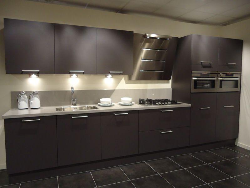 Antraciet Keuken : van Nederland! Rechte keukenopstelling in antraciet [50483