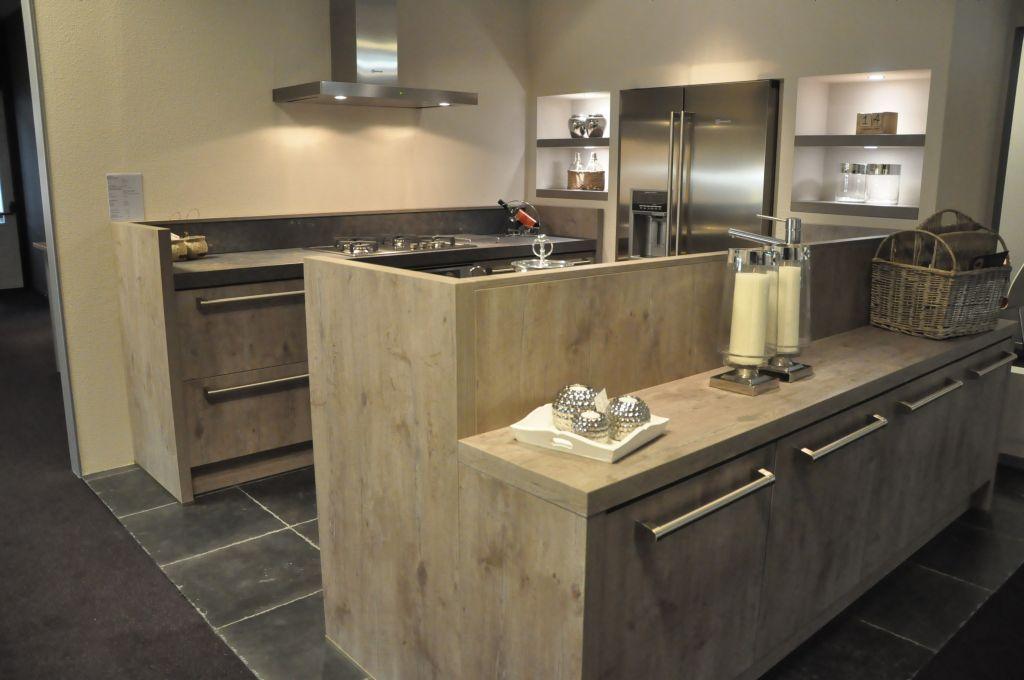 Parallel Keuken Showroom : Showroomkorting.nl De voordeligste woonwinkel van Nederland! Eiken
