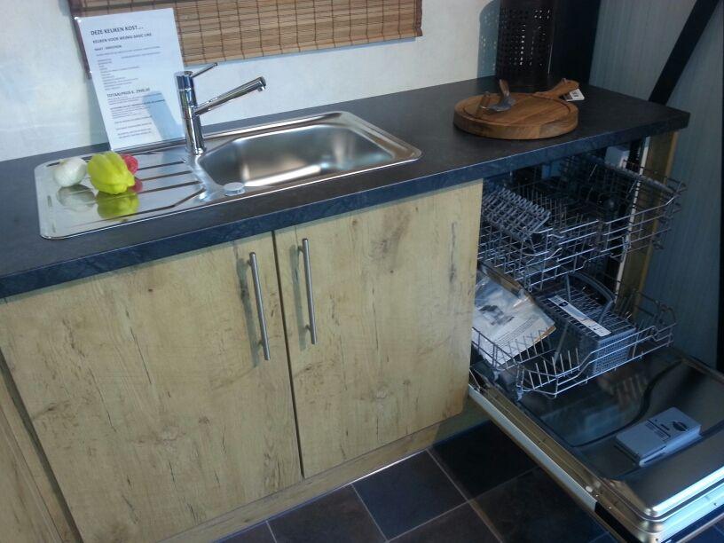 Keuken Plint Hoek : De voordeligste woonwinkel van Nederland! keuken voor weinig [40440