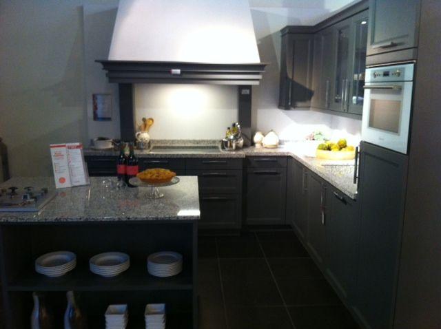 De voordeligste woonwinkel van nederland schmidt bolero massief gelakt - De keukens schmidt ...