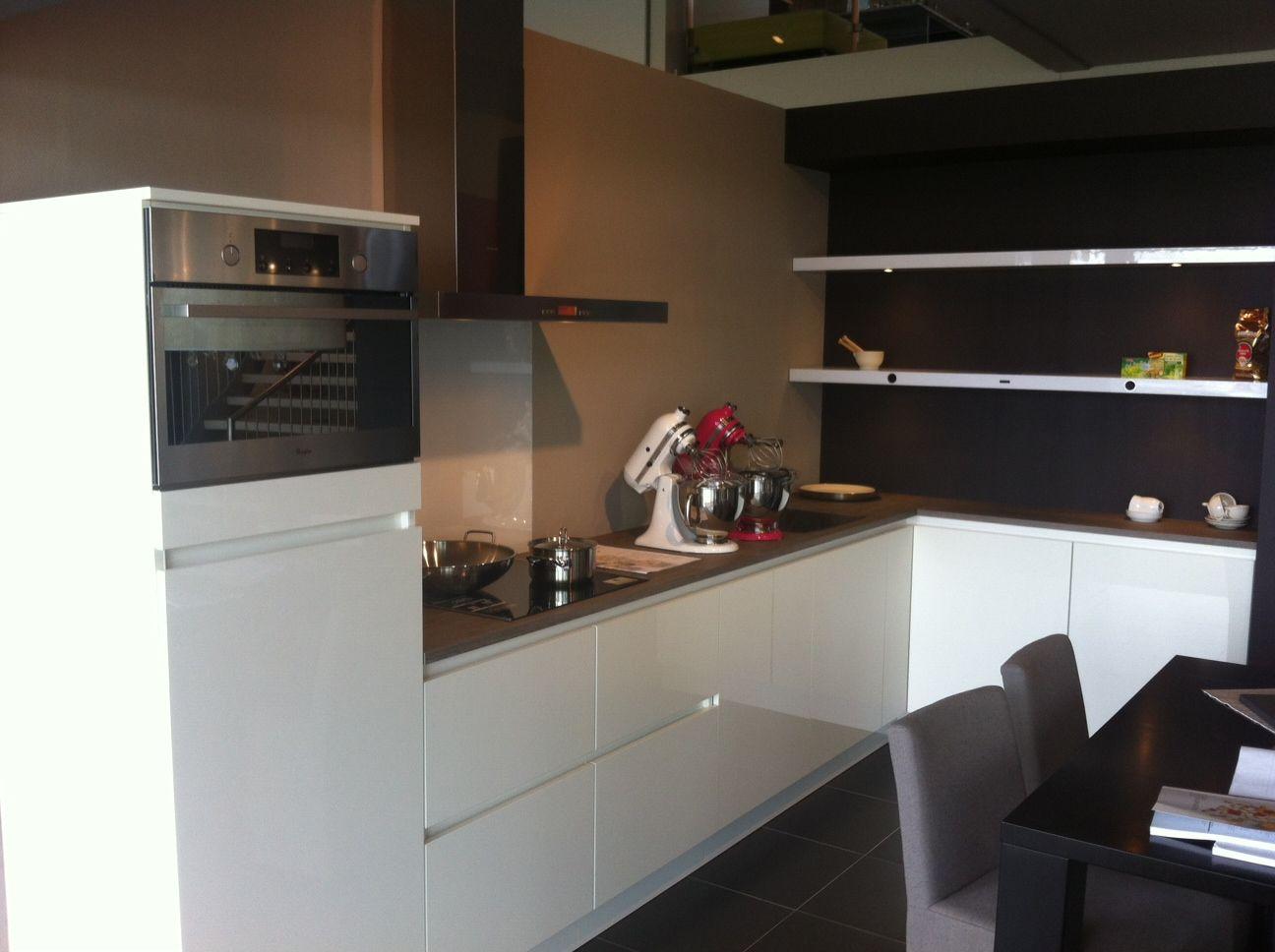 De voordeligste woonwinkel van nederland keller gl4000 hoogglans wit 53674 - Meubels keuken beneden cm ...