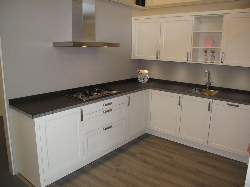 De voordeligste woonwinkel van nederland porto folie gelakt wit 54687 - Model keuken wit gelakt ...