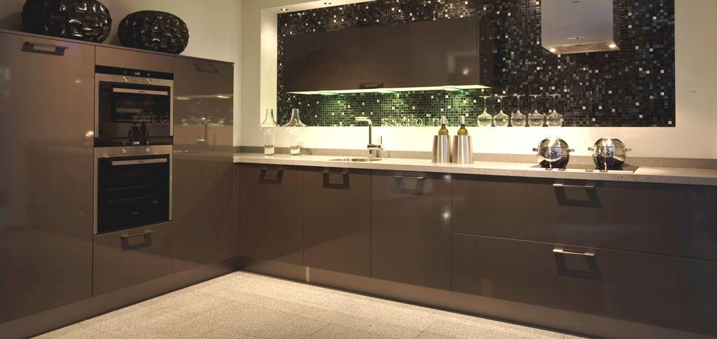Eigenhuis Keuken Apparatuur : Showroomkorting nl De voordeligste woonwinkel van