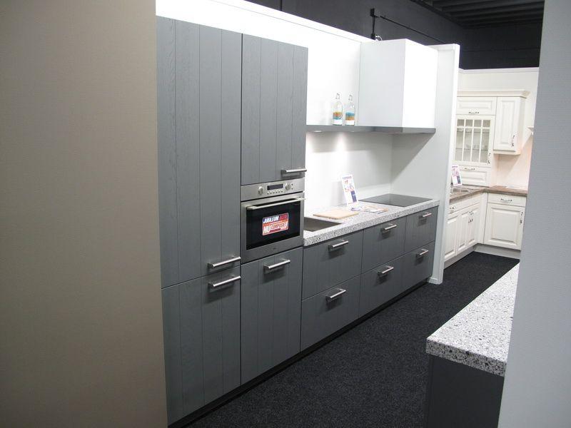 De voordeligste woonwinkel van nederland landelijke keuken met eiken - Witte keuken voorzien van gelakt ...
