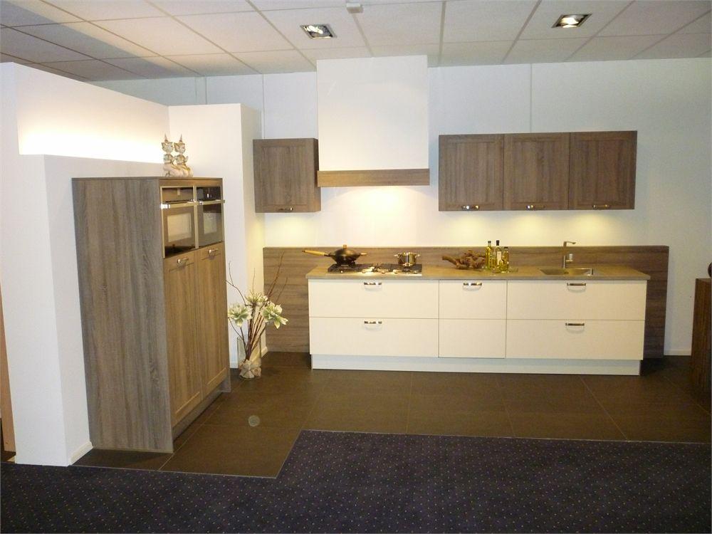 De voordeligste woonwinkel van nederland hout look gecombineerd met - Hout en witte keuken ...