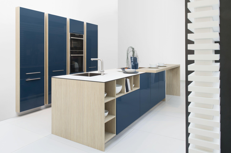 De voordeligste woonwinkel van nederland diep blauwe eiland keuken 11 5 - Uitgeruste keuken met bar ...