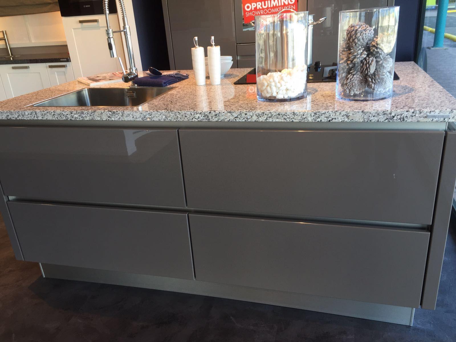 De voordeligste woonwinkel van nederland eilandkeuken 55659 - Serveren eiland keuken ...