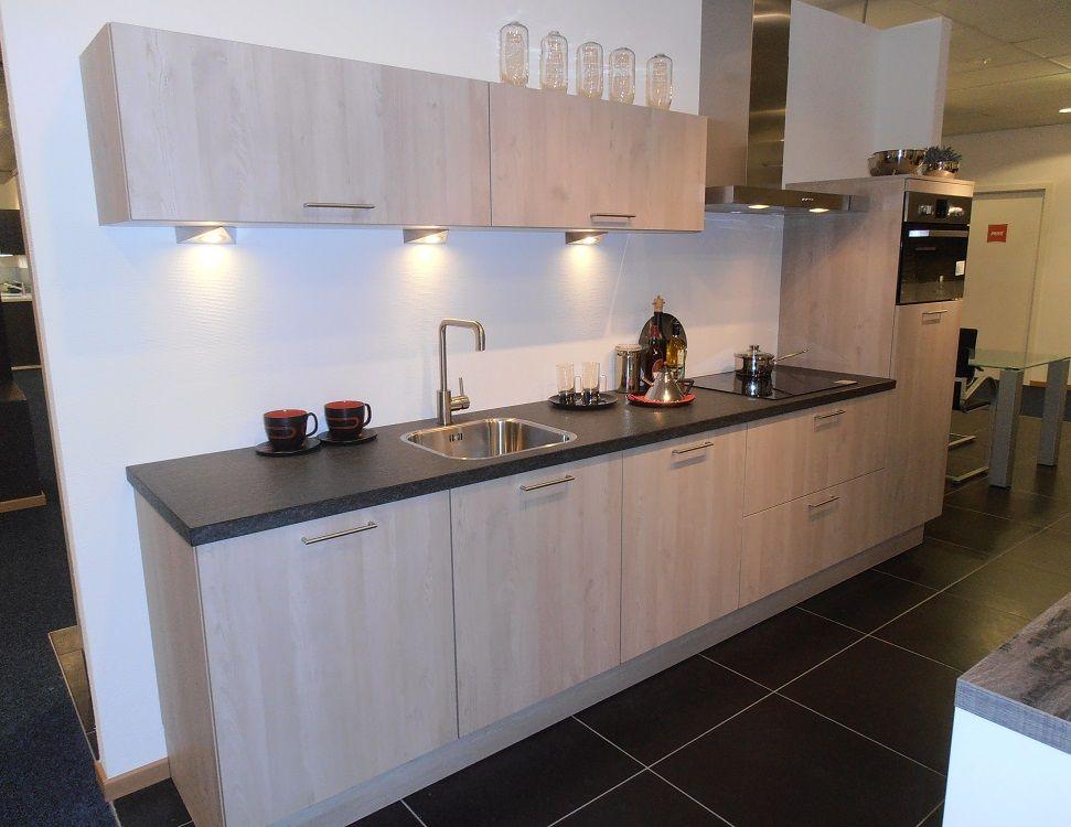 De voordeligste woonwinkel van nederland rechte keuken in de kleur - Keuken kleur ...