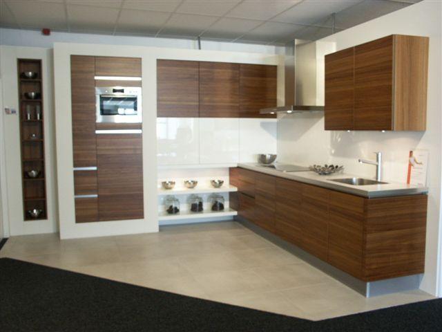 De voordeligste woonwinkel van nederland opstelling 89 teak hoogglans - Model keuken wit gelakt ...